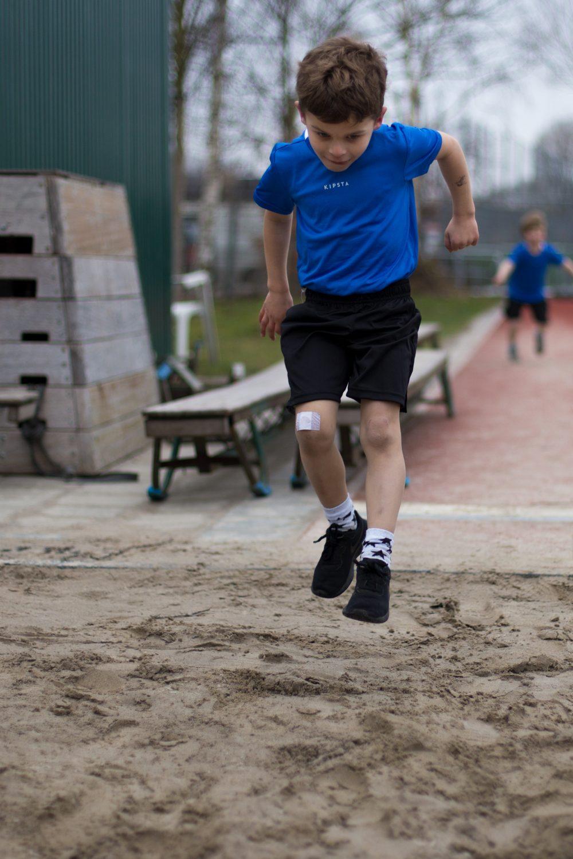 Atletiek verspringen in de eerste training